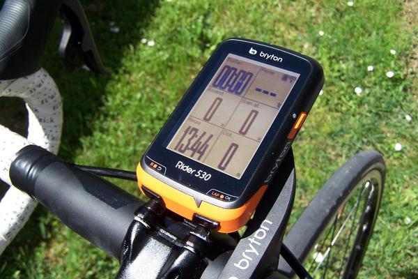 Compteurs vélo avec fil vs compteurs vélo sans fil. Que choisir ?