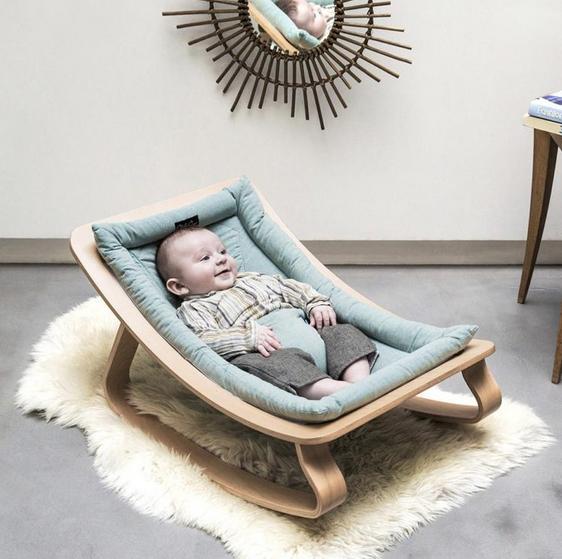 À quel âge mettre son enfant dans un transat bébé?